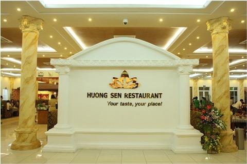 Nha-hang-Huong-Sen-1.jpg
