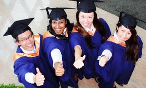 NUS tuyển sinh học bổng, trợ giúp tài chính