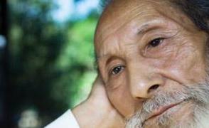 Cách phòng ngừa thiếu máu não ở người cao tuổi