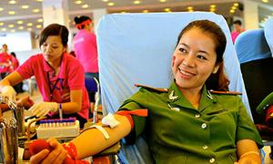 Nữ trung úy 15 lần hiến máu