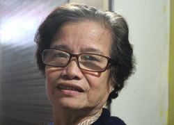 Bà cụ bán xôi mê học tiếng Anh