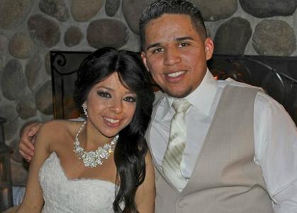 Đám cưới của cô gái sắp chết vì bệnh bạch cầu