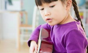 Nghe nhạc, cách đơn giản để phát triển tư duy của trẻ