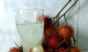 Nước chôm chôm giúp thanh nhiệt và giảm cân