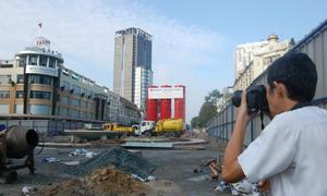 Người dân tiếc nuối những tòa nhà biểu tượng của Sài Gòn