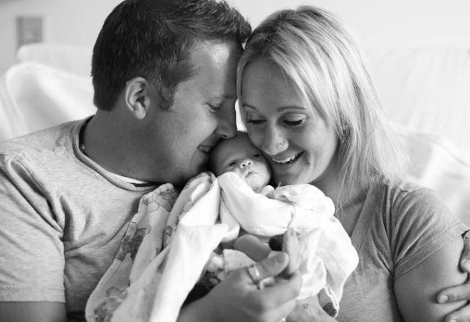 Khoảnh khắc hạnh phúc khi được nhận con nuôi