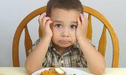 Trị dứt chứng biếng ăn của con nhờ '4 không'