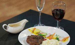 Món bò bít tết nhiều người mê của thí sinh Vua đầu bếp