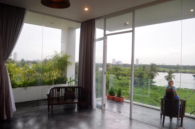 Thiên nhiên tràn ngập trong ngôi nhà ống Sài Gòn
