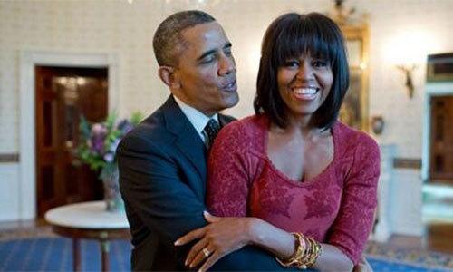 Obama - vị tổng thống không ngại thể hiện tình yêu với vợ