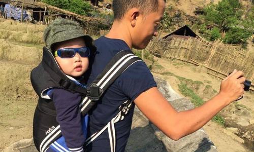 Cậu bé Sài Gòn lên đỉnh Fansipan khi 15 tháng tuổi