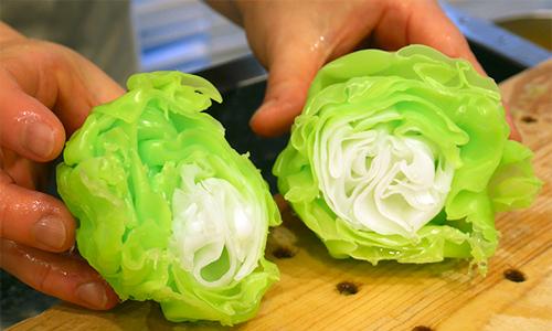Cách người Nhật chế tạo bắp cải nhựa giống như thật