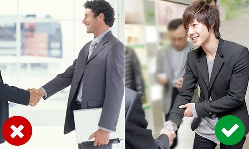 Bạn có biết các phép lịch sự cầu kỳ của người Hàn Quốc?