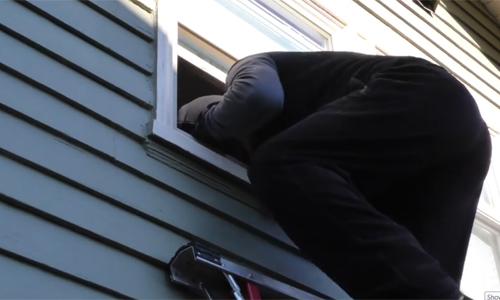 6 cách rẻ tiền chống trộm khi vắng nhà
