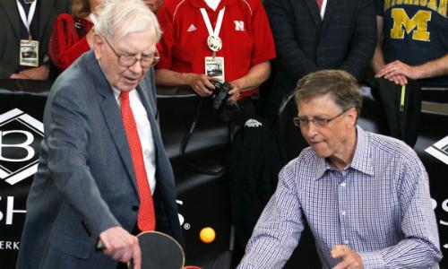 Lối sống 'nhà nghèo' của Warren Buffett - tỷ phú ăn sáng với 3 đôla