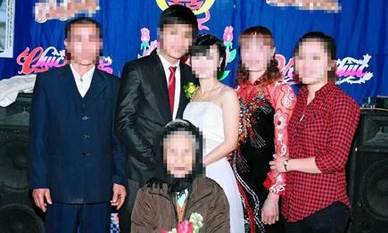 Bị chê không đủ sính lễ, nhà trai 'ôm của' bỏ về ngay hôm cưới