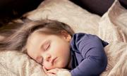 Mẹ bỉm sữa bày kế giúp bé ngủ xuyên đêm