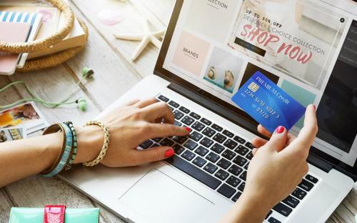 Tôi mất kiểm soát khi dùng thẻ tín dụng mua hàng - Ảnh minh họa: thecashlorette.com