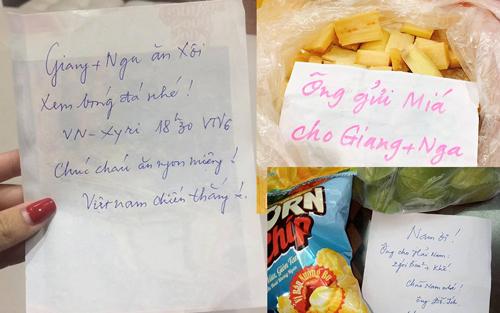 Những món quà nhỏ và lời nhắn của ông ngoại mỗi ngày khiến Giang xúc động.