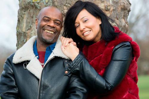 Anh Simon Louis hỏi cưới chị Mary EmmanuelleẢnh:Daily Mirror.