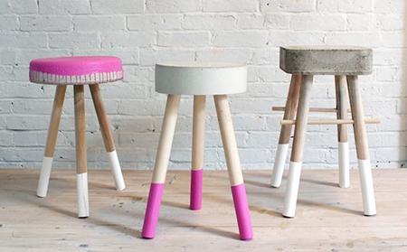 Tùy sở thích và không gian kê ghế, bạn có thể sơn màu cho chân hoặc bề mặt ghế.