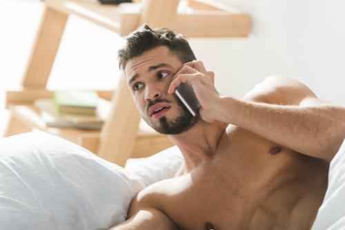 9 điểm bất thường phụ nữ thấy đàn ông hấp dẫn - 6