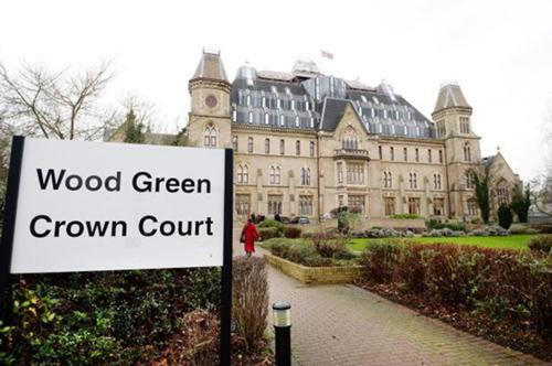 Purcell bị xét xử tại tòa Wood Green Crown