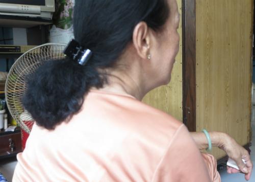 Bà Nguyệt cho biết, hồi còn là vợ chồng đã nhiều lần tha thứ cho ông Minh, nên giờ không thể tin tưởng được nữa. Ảnh: Phan Thân