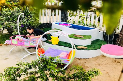 Ông bố Việt xây bể bơi mini cho con khiến người nước ngoài thích thú - 2