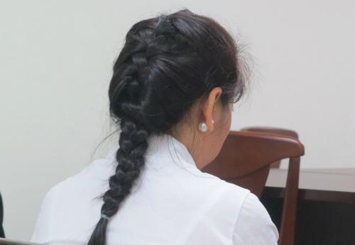 Chị Linh cho biết, thời gian tới sẽ kiện ra tòa để yêu cầu anh Hiển phải thực hiện nghĩa vụ làm cha với con gái. Ảnh: Phan Thân