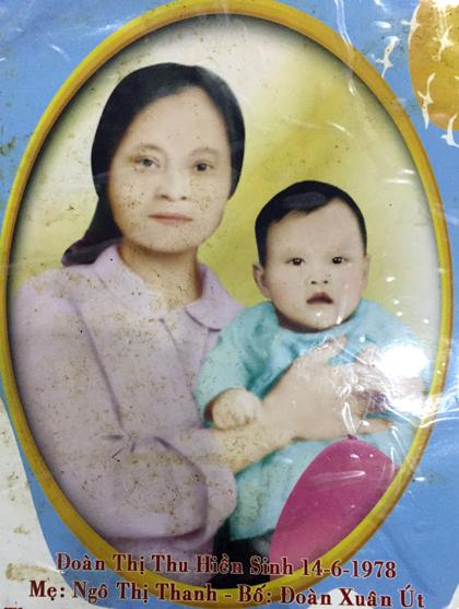 Bà Thanh và con gái Đoàn Thi Hiền - người bị mất tích, hiện 37 tuổi.