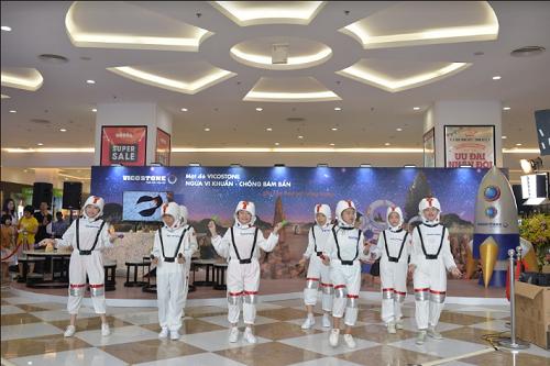 Không gian sáng tạo của sự kiện sẽ đến với các gia đình ở TP. HCM vào ngày 4-5/8 tại sảnh A tầng trệt Trung tâm thương mại Vivo City (số 1058 Nguyễn Văn Linh, quận 7, TP HCM).