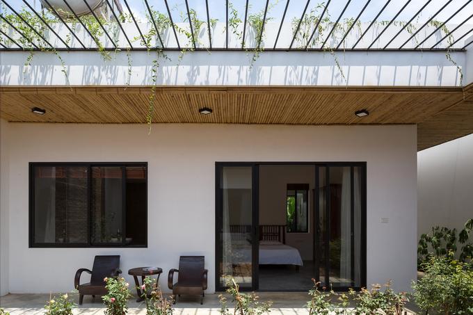 Ngôi nhà hiện đại pha nét cổ làng quê Bắc Bộ lên báo quốc tế