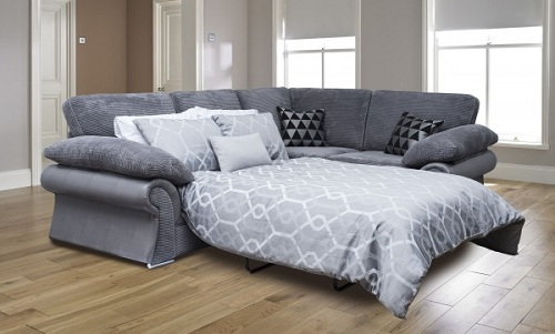 Ban ngày là ghế sofa, ban đêm có thể trở thành giường ngủ.