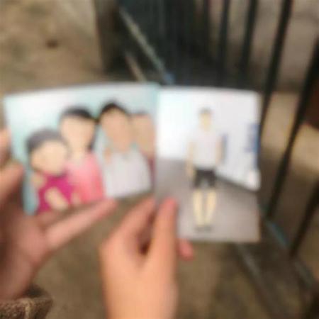 Chân dung cậu con traiZhao và bức tranh gia đình anh được một người dùng mạng xã hội vẽ gửi tặng chị Liu. Ảnh:Shine.