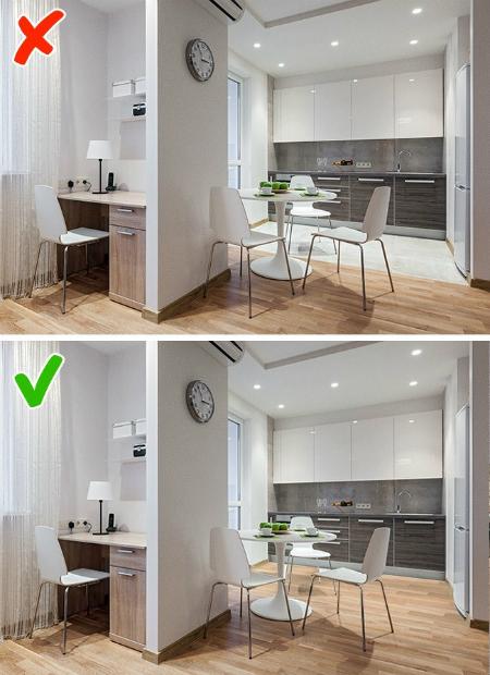 Hình dưới, nhà nhỏ nên việc tách sàn thành hai khu riêng biệt khiến không gian trở nên càng hẹp hơn.
