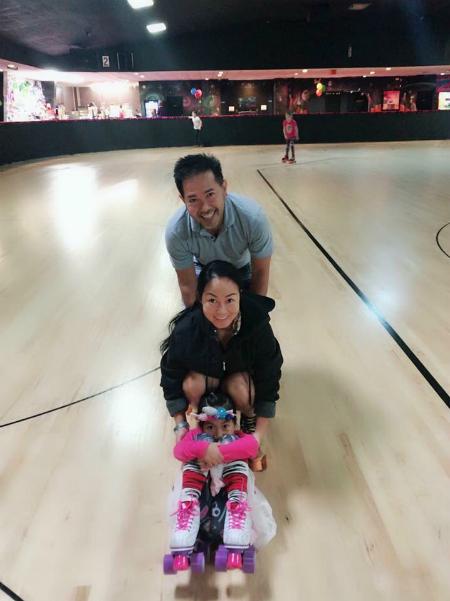 Sau khi nghỉ việc, vợ chồng chị Quỳnh có nhiều thời gian đưa con đi chơi các nơi. Ảnh: NVCC