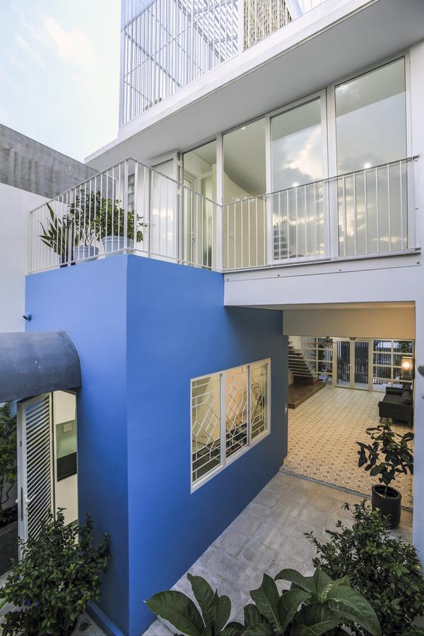 Ngôi nhà như chiếc lồng chim ở ngoại ô Sài Gòn