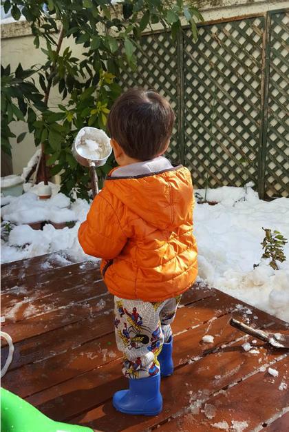 Con traichị Thu Trang hồi gần 4 tuổi tại Tokyo, Nhật. Ảnh: NVCC.