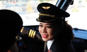 Nữ cơ trưởng Vietjet: 'Áp lực của tôi cao hơn đồng nghiệp nam'