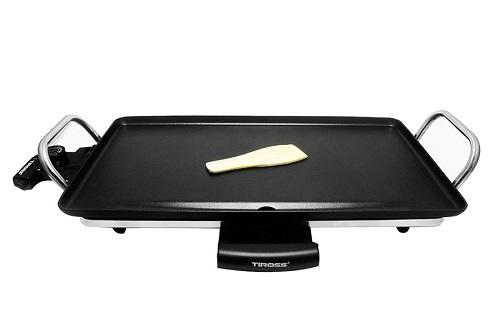 Vỉ nướng có cấu tạo với bộ phận sinh nhiệt bằng sợi đốt chống dính. Cùng với nút điều khiển nhiệt độ, người sử dụng có thể dễ dàng kiểm soát nhiệt độ khi nướng để có được độ chín của thức ăn ngon nhất. Mặt nướng được làm bằng chất liệu hợp kim nhôm bền đẹp, không bị biến dạng sau một thời gian dài tiếp xúc với thức ăn và nhiệt độ. Bên trên mặt nướng được phủ một lớp chống dính, có tác dụng chống bám dính cho thức ăn và giúp người dùng dễ dàng vệ sinh sạch sẽ vỉ nướng sau khi sử dụng