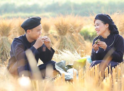 Đôi vợ chồng là người Tày ở Cao Bằng. Ảnh: NVCC.