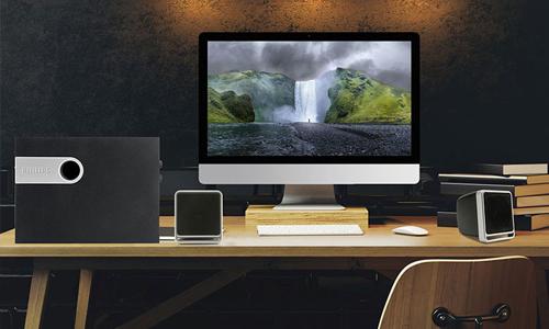 Loa đa phương tiện Philips: giá gốc 2,149 triệu đồng, giảm còn 1,499 triệu đồng.Sản phẩm tương thích với âm nhạc, trò chơi, phim và nguồn âm thanh Internet. Công nghệ tăng cường âm trầm với điều khiển mức. Thiết kế loa trầm độc đáo tạo ra âm trầm sâu, phong phú hơn. Bạn cũng có khả năng để thiết lập mức độ bass cho sự lựa chọn riêng.Vỏ loa trầm được làm từ gỗ, mang lại sự ổn định vượt trội và hiệu suất âm thanh. Bạn có thể kết nối loa với tất cả thiết bị khác để nghe máy nghe nhạc MP3, PC, TV, CD, DVD và tất cả nội dung đa phương tiện.
