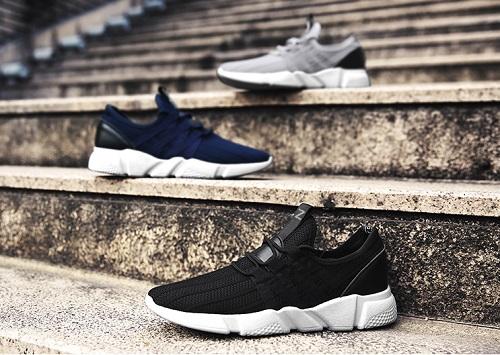 Giày thể thao Zapas chỉ từ 11.000 đồng với nhiều màu sắc để lựa chọn. Sản phẩm có thiết kếtrẻ trung, năng động, nam tính và sành điệu. Thương hiệu lựa chọn chất liệu vải sợi cao cấp, mềm mại, tạo sự thoải mái cho người dùng dùphải di chuyển nhiều.