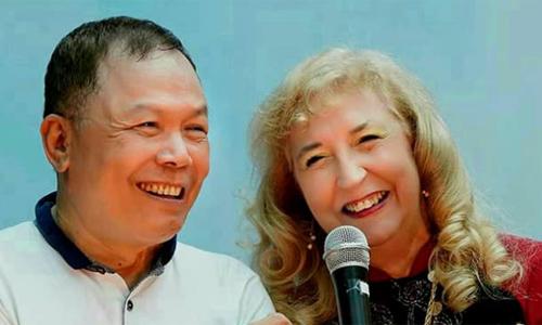 Cặp vợ chồng trong một buổi giới thiệu sách tại TP HCM - Ảnh: Kim Anh.