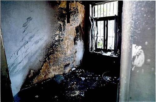 Hoả hoạn đốt rụi căn nhà của ông Mao vì một cơn tức giận. Ảnh: Ifeng.
