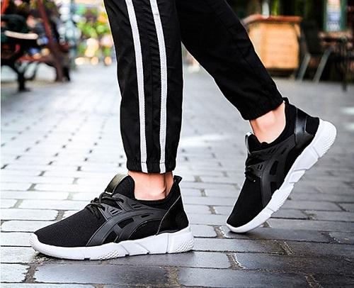 Giày sneaker nam thời trang Zapas GZ024BA Đen: 139.000 đồng (giá gốc 350.000 đồng). Giày sneaker thời trang trẻ trung, năng động, nam tính và sành điệu cùng giày sneaker nam dáng xỏ của thương hiệu Zapas sang trọng, đẳng cấp cùng chất liệu vải sợi cao cấp, mềm mại, không mang đến cảm giác đau chân khi phải di chuyển nhiều, sản phẩm tạo nên sự tin tưởng tuyệt đối trong sự lựa chọn của giới trẻ thời nay.