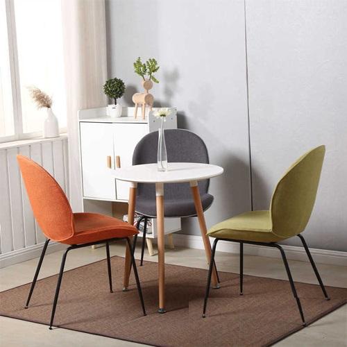 Các sản phẩm bàn ghế cao cấp cho không gian nhà ở hiện đại, căn hộ diện tích vừa và nhỏ, hoặc quán ăn, quán cafe, quán bar của Lavaco có mức giảm sâu đến 45%.