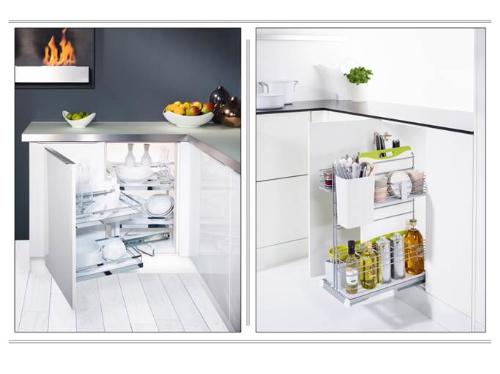 Phụ kiện góc tủ bếp, tủ bếp dưới thiết kế thông minh để đồ dùng.