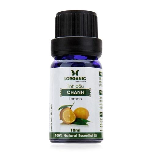 Với thành phần tinh dầu chanh nguyên chất, tinh dầu chanh có thể dùng để xông hương thư giãn. Hương thơm khoáng đạt dễ chịu, khử mùi phòng hiệu quả. Chống oxy hóa và tăng sức đề kháng, giải quyết các vấn đề về da, khử mùi hôi.